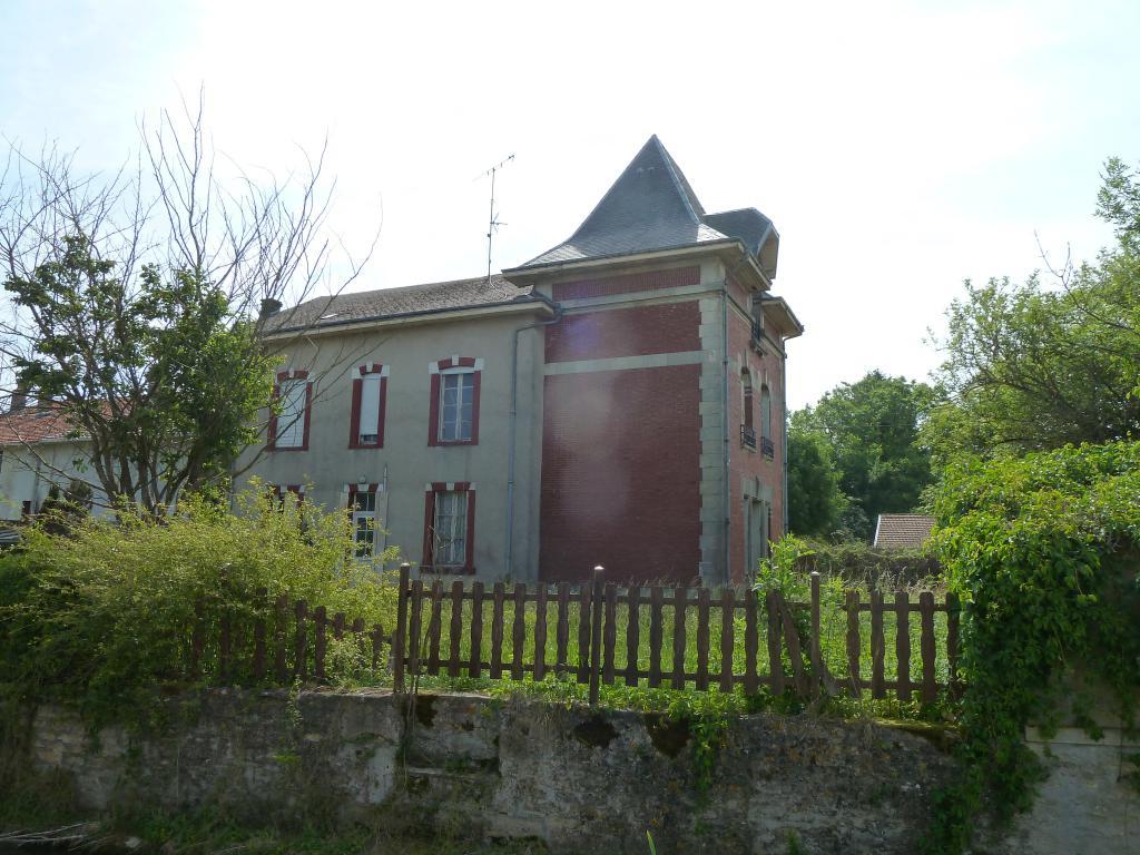 190915/JC- Maison F8, secteur de Dun sur Meuse.